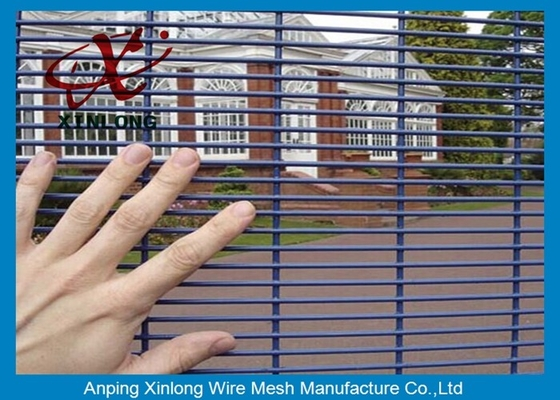 Çin Construction High Security Chain Link Fence Waterproof For Jail / Prison Tedarikçi