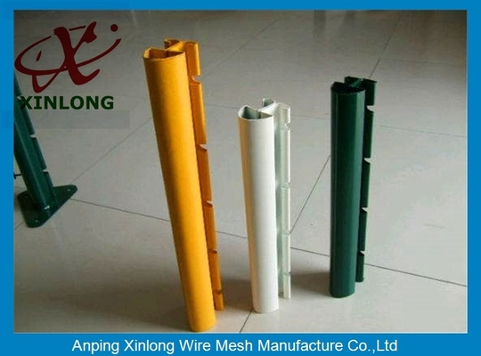 Çin Xinlong Fence Post Accessories Square Fence Posts Pvc Coating Anti Corrosion Tedarikçi