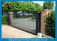 Çin Rot Proof Electric Sliding Gates For Driveways Galvanized / PVc Coated Surface Treatment Fabrika